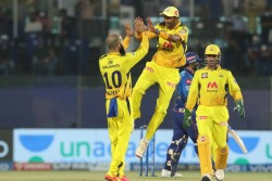 Mi Vs Csk Mumbai Indians Beats Chennai Super Kings Created History Pollard Help Mi In Biggest Chase