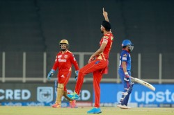 Ipl 2021 Might Be Played In Uae On 19 September While Final Is Likely To Be Held On 10 October