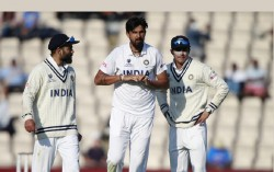 India In England 2021 Ishant Sharma Got Many Stitches In His Right Hand Fingers