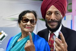 Former Athlete Milkha Singh Wife Captain Of Volleyball Team Nirmal Kaur Passed Away Due To Corona