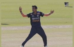 Corona Outburst On Team India Yuzvendra Chahal K Gowtham Also Turned Out To Be Covid Positive