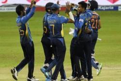 India Vs Srilanka Shikhar Dhawan Led Team India Flop Batting In 3rd Odi India Bowled Out At 225 Runs