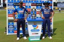 Sri Lanka Vs India Dasun Sanaka Won The Toss And Opt To Bat 2 Players Will Make Debut Know Paying