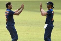 India Vs Sri Lanka 2nd T20i Sri Lanka Won The Toss 4 Players Made Debut Know Playing