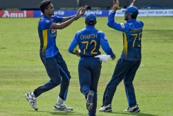 India Vs Sri Lanka 3rd T20i Shikhar Dhawan Made Mistake In Making Decision India Flop Show Continues