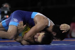 Tokyo 2020 Ravi Kumar S Dramatic Victory In Semifinal Surprises Everyone Here Are Top Reactions