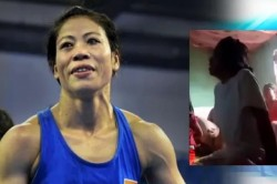 The Girl Started Crying Due To The Defeat Of Mary Kom The Boxer Gave A Heart Touching Reaction