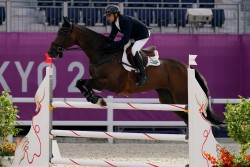 Tokyo 2020 Olympics India Fouaad Mirza And Seigneur Medicott Qualify For Equestrian Individual Final