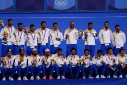 Tokyo 2020 Olympics Hockey Skipper Manpreet Singh S Mother Says This Bronze Is Precious Than Gold