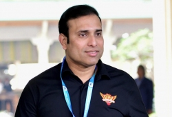 भारतीय बल्लेबाजों ने इंग्लैंड को मैच में वापसी का मौका दिया: वीवीएस लक्ष्मण