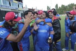 कैसे तालिबानी हमलों के बीच अफगानिस्तान में उभर रहा क्रिकेट