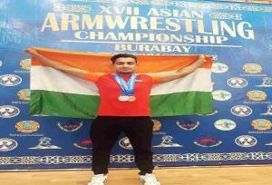 श्रीमंत झा ने एशियाई पैरा आर्म रेसलिंग चैंपियनशिप में जीता कांस्य