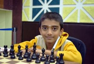 दुनिया के दूसरे और भारत के सबसे युवा ग्रैंडमास्टर बने चेन्नई के डी गुकेश