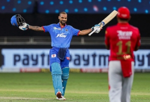 IPL 2020: ये हैं टी20 पारियों में लगातार शतक लगाने वाले बल्लेबाज