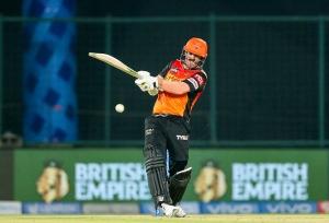 डेविड वार्नर IPL के मेगा ऑक्शन में अपना नाम देने के लिए तैयार, SRH से है रिलीज की उम्मीद