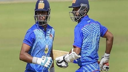 विजय हजारे ट्रॉफी : मुंबई ने तीसरी बार खिताब पर जमाया कब्जा, दिल्ली को 4 विकेट से हराया
