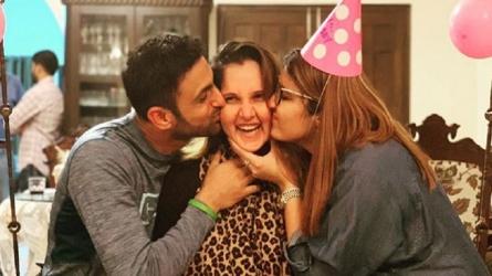 सानिया मिर्जा के जन्मदिन पर शोएब मलिक ने शेयर की दिल को छूने वाली तस्वीरें