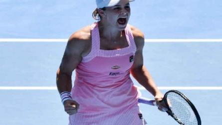 Australian Open 2019: ऐश बार्टी ने मारिया शारापोवा को हराकर क्वॉर्टर फाइनल में बनाई जगह