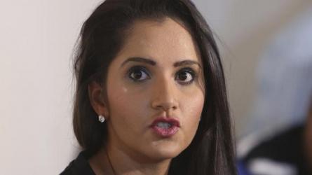 सोशल मीडिया पर देशभक्ति दिखाने वालों पर सानिया मिर्जा का फूटा गुस्सा, पूछा ये सवाल