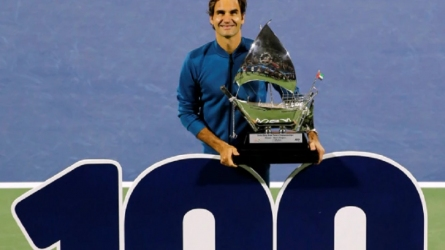 दुबई टेनिस चैम्पियनशिप जीतते ही फेडरर ने रचा इतिहास, पूरे किए 100 खिताब