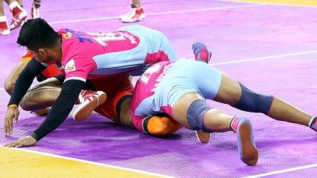 जयपुर को मिली सीजन की दूसरी हार, यूपी योद्धा ने 31-24 से मारी बाजी