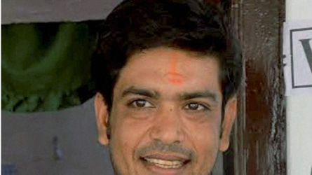कोरोना के खिलाफ लड़ाई में पूर्व क्रिकेटर ने अपनी पूरी IPL फीस दान की