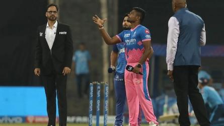 DC vs RR: संजू सैमसन ने जीता टॉस, पहले बल्लेबाजी करेगी दिल्ली, जानें कैसी होगी प्लेइंग 11
