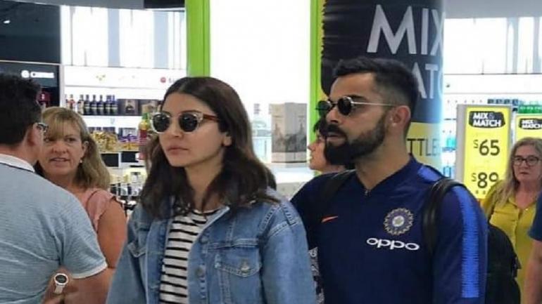 न्यूजीलैंड दौरे के लिए ऑकलैंड पहुंची भारतीय टीम, अनुष्का भी दिखीं साथ