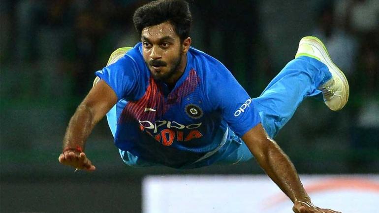 cricket,world,vijay,shankar,injured,टीम इंडिया,वार्मअप मैच,झटका,विजय शंकर,चोटिल